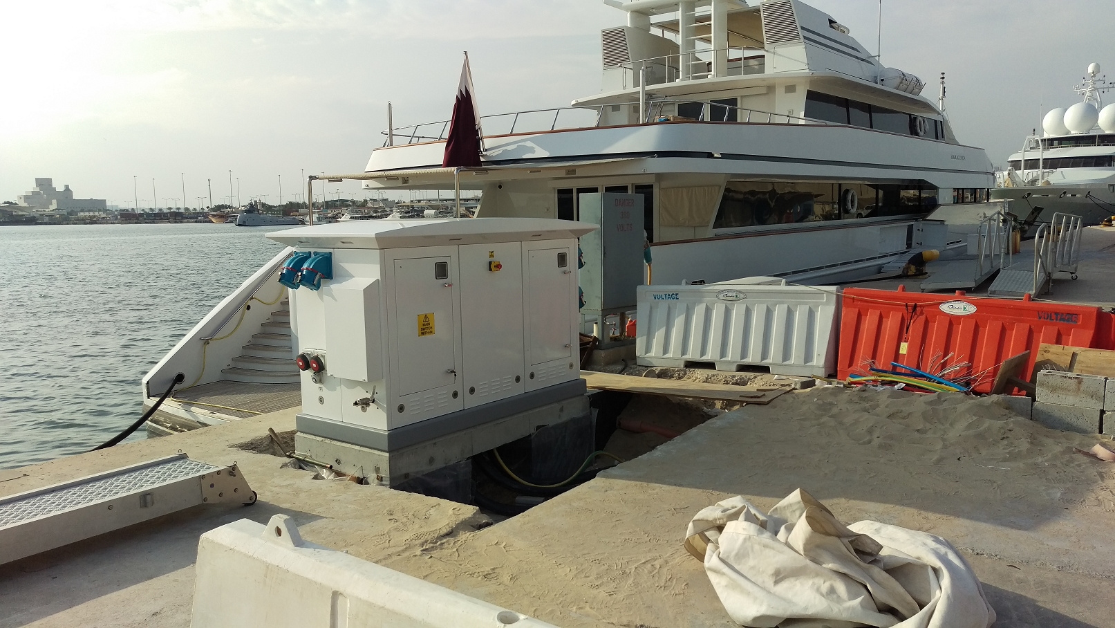 MARINA SUPERYACHT PEDESTALS FITTED WITH SAFETY SOCKETS