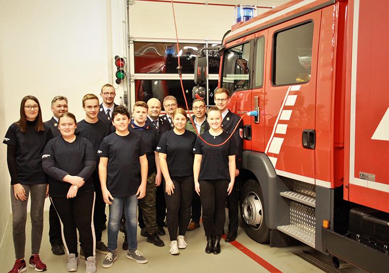 Feuerwehrführung FFW Garham 1. und 2. Kommandanten, Vorstand des Feuerwehrvereins